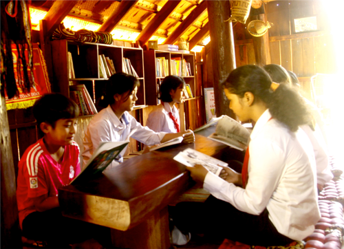 School nurtures students' passion for ethnic culture  - ảnh 2