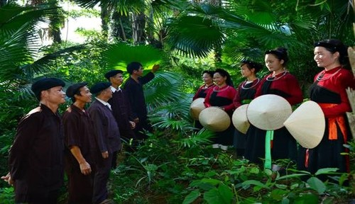 """Cao Lan ethnic group's love song chant """"Sinh Ca"""" - ảnh 1"""