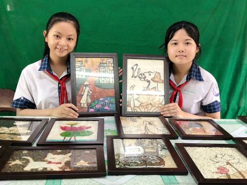 Mekong Delta youth's rice paintings project nurtures students' creativity - ảnh 1