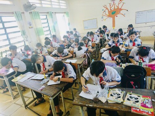 Mekong Delta youth's rice paintings project nurtures students' creativity - ảnh 3