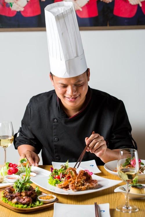 Cocinero vietnamita deseoso de extender los valores gastronómicos nacionales en Beijing - ảnh 2