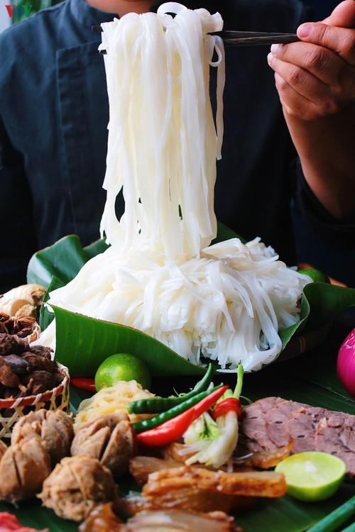 Cocinero vietnamita deseoso de extender los valores gastronómicos nacionales en Beijing - ảnh 3