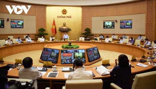 Premier vietnamita urge a anteponer la garantía de la salud del pueblo  - ảnh 1