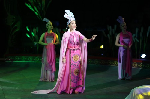 """""""The Magic Stick"""" - first-ever combination of circus and traditional music - ảnh 2"""