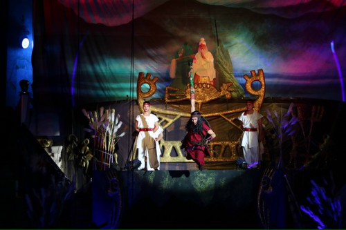 """""""The Magic Stick"""" - first-ever combination of circus and traditional music - ảnh 8"""