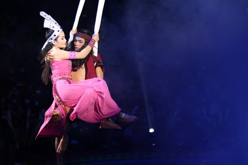 """""""The Magic Stick"""" - first-ever combination of circus and traditional music - ảnh 3"""