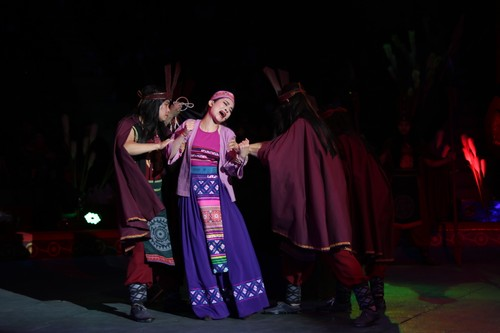 """""""The Magic Stick"""" - first-ever combination of circus and traditional music - ảnh 12"""