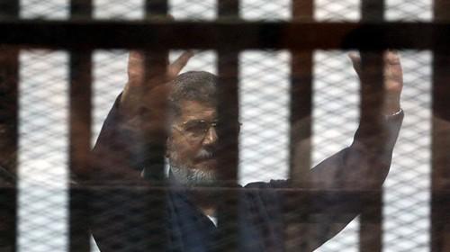 Ägypten: Ex-Präsident Mohammed Mursi bekommt Todesstrafe - ảnh 1