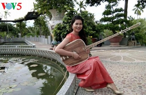 Neang Kunh Thia liebt die Kunst - ảnh 1