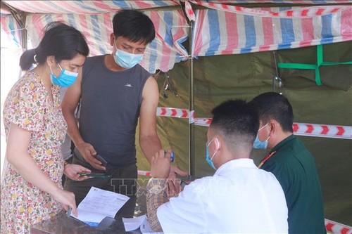 1. Juli: Vietnam bestätigt  713 Covid-19-Neuinfizierte - ảnh 1