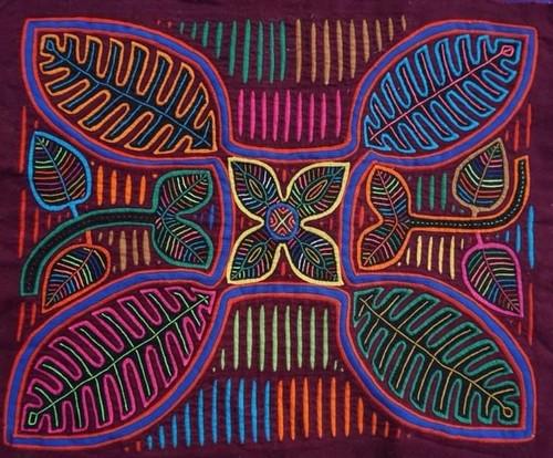 "Panama's Heritage and Tradition  ""The Mola Handicraft"" - ảnh 1"