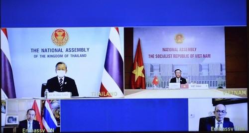 Vietnam, Thailand to lift two-way trade to 25 billion USD - ảnh 1