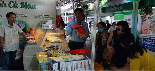 Ho Chi Minh Stadt und Regionen in Südvietnam arbeiten für Entwicklung zusammen - ảnh 1