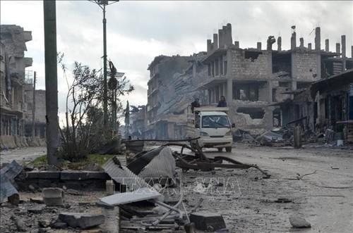 Continúa ofensiva del Ejército sirio contra terrorismo en Idlib - ảnh 1