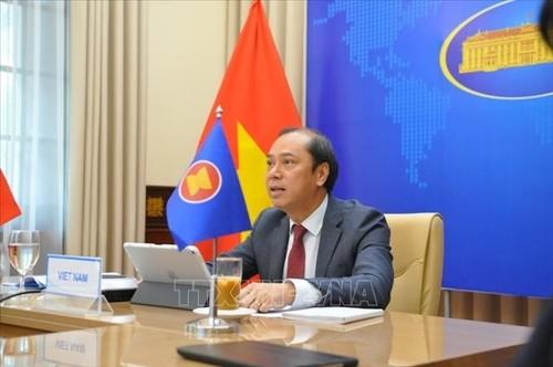 Vietnam aboga por la reducción de la brecha de desarrollo en la Asean - ảnh 1