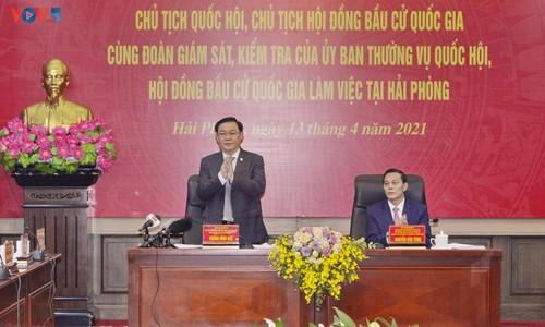 Presidente del Parlamento se reúne con las autoridades de Hai Phong - ảnh 1