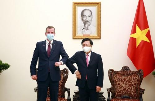 Diplomacia de vacunas: lo más destacado de los logros diplomáticos de 2021 de Vietnam - ảnh 2