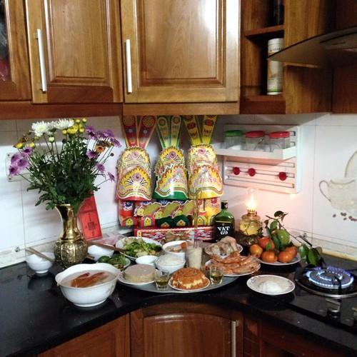 Le culte des Génies du Foyer, une tradition séculaire des Vietnamiens - ảnh 2