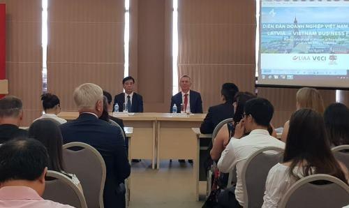 Forum d'entreprises Vietnam-Lettonie - ảnh 1