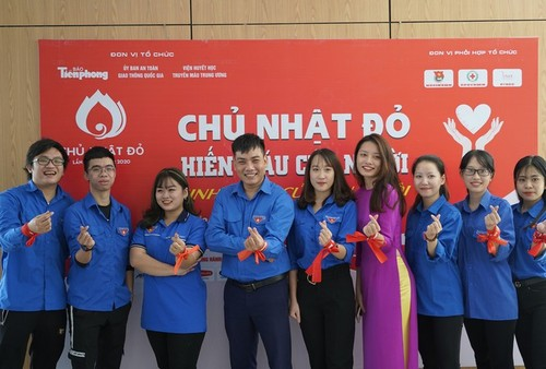 Dimanche rouge: donner du sang pour sauver des vies - ảnh 1