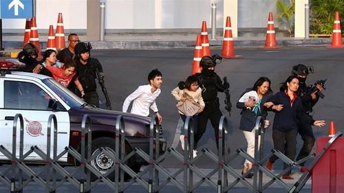 Fusillade en Thaïlande: message de condoléances de Nguyên Xuân Phuc - ảnh 1