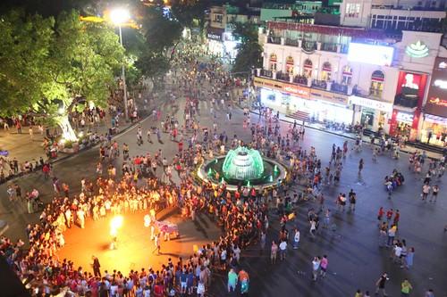Agrandir la zone piétonne à Hanoi - ảnh 1
