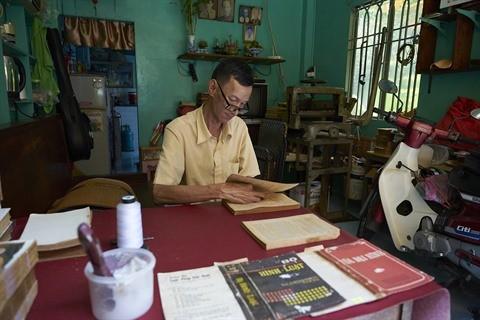 Le dernier relieur de livres anciens de Hô Chi Minh-ville - ảnh 1