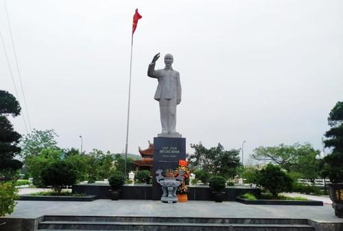 La statue du Président Hô Chi Minh à Cô Tô - ảnh 1
