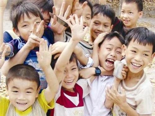 Comment la loi vietnamienne protège-t-elle les enfants? - ảnh 1