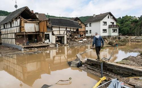 Alerte sévère aux inondations en Europe - ảnh 1