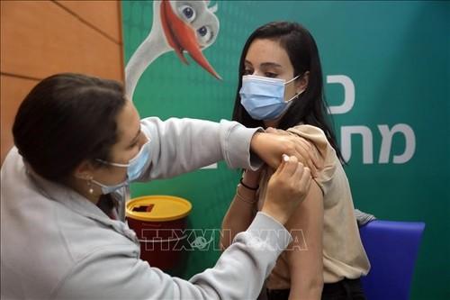 Число вакцинированных от коронавируса в мире превысило 300 млн - ảnh 1
