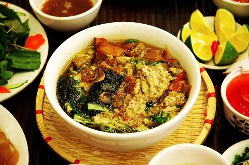 «Бань-да-куа» - незабываемое деревенское блюдо жителей портового города Хайфон - ảnh 1