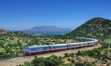 Lào dự kiến khởi công dự án đường sắt nối Lào - Việt Nam vào năm 2021 - ảnh 1