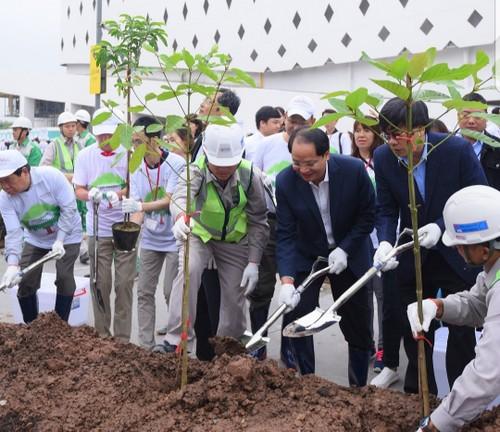 Tập đoàn AEON Nhật Bản góp phần xây dựng Thủ đô Hà Nội xanh sạch đẹp - ảnh 2