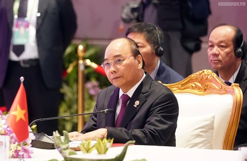 Thủ tướng Nguyễn Xuân Phúc dự Phiên toàn thể Hội nghị Cấp cao ASEAN 35 - ảnh 1