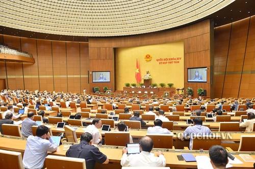 Quốc hội tiếp tục thảo luận về công tác phòng chống tội phạm, phòng chống tham nhũng - ảnh 1