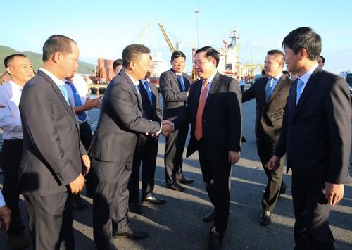 Phó Thủ tướng Vương Đình Huệ thăm Cảng Đà Nẵng - ảnh 1