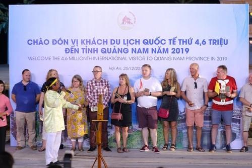 Quảng Nam đón vị khách du lịch quốc tế thứ 4,6 triệu năm 2019 - ảnh 1