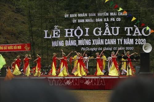 Hòa Bình: đặc sắc Lễ hội Gầu Tào của dân tộc Mông - ảnh 1