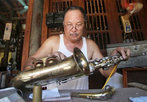 Деревня по производству медных духовых инструментов в уезде Хайхау - ảnh 2