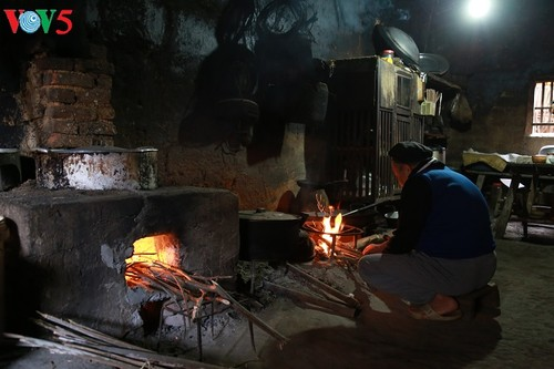 Le foyer dans la culture Tay à Binh Lieu (Quang Ninh) - ảnh 1