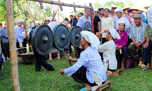 Les gongs Tho - ảnh 1
