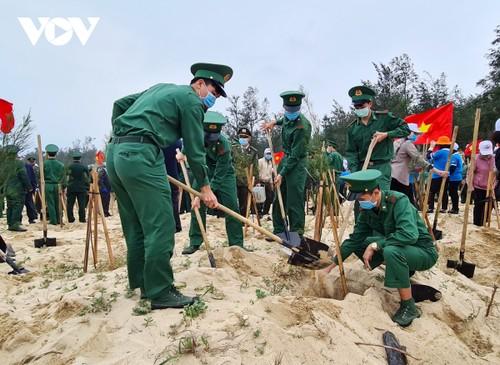 Phó Chủ tịch nước Đặng Thị Ngọc Thịnh phát động Tết trồng cây tại Quảng Bình - ảnh 2