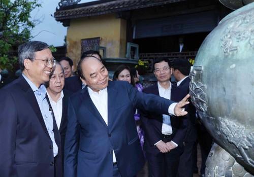 Xây dựng chính sách đặc thù để phát triển Thừa Thiên Huế lên tầm cao mới - ảnh 1