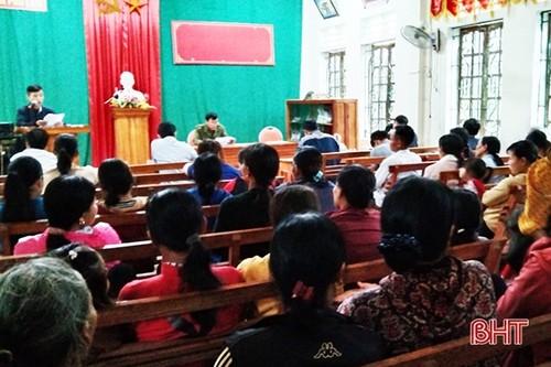 Đồng bào công giáo Hà Tĩnh hướng về ngày bầu cử - ảnh 2