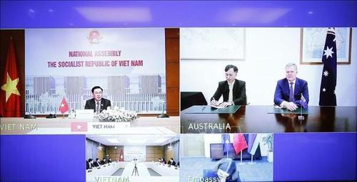 Chủ tịch Quốc hội Vương Đình Huệ hội đàm trực tuyến với Chủ tịch Hạ viện Australia Tony Smith - ảnh 2