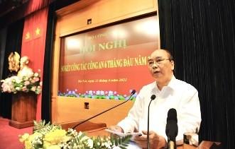 Chủ tịch nước Nguyễn Xuân Phúc dự hội nghị sơ kết công tác Công an 6 tháng  - ảnh 1