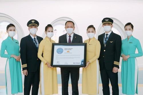 Vietnam Airlines đạt chứng chỉ 5 sao cao nhất về an toàn phòng chống dịch COVID-19  - ảnh 1