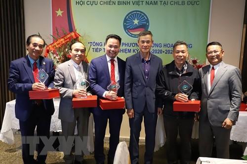 Các cựu chiến binh giúp gắn kết cộng đồng người Việt ở Đức - ảnh 1