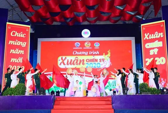 Promueven actividades en apoyo a combatientes vietnamitas en situación difícil  - ảnh 1